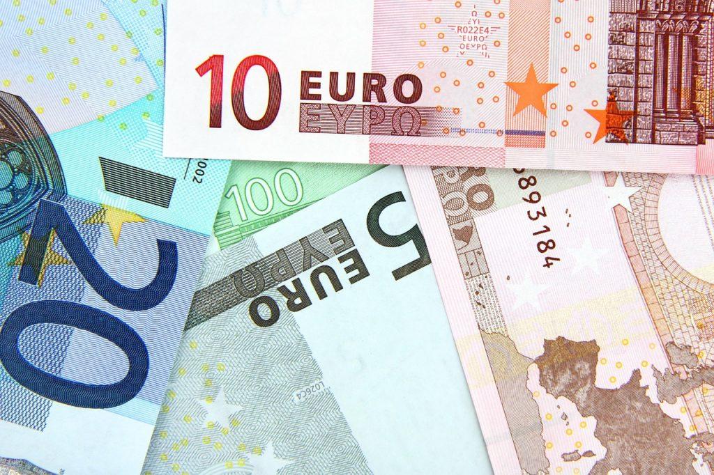 Schufa, Schufa Score, Finanzen